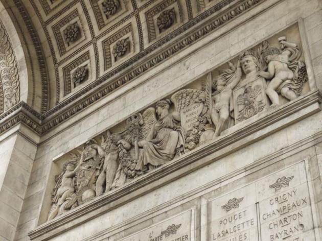 凱旋門の装飾